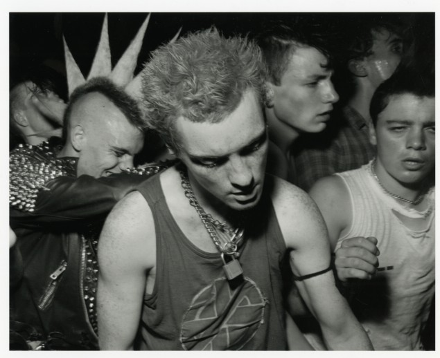 Chris Killip, Punks, Gateshead, Tyneside, 1985