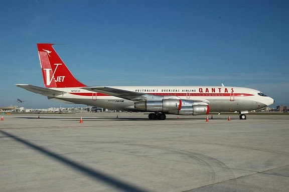 John Travolta Boeing 707 MEMEs