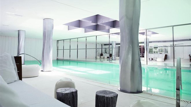 Piscine Spa My Blend by Clarins Royal Monceau