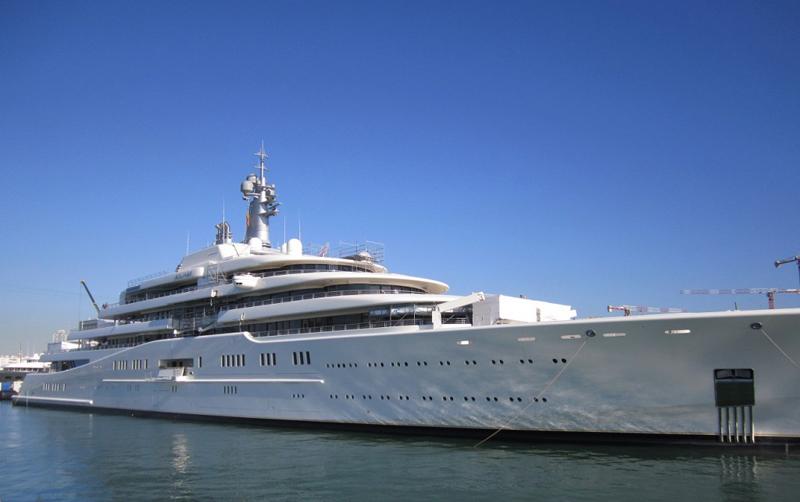 les 3 yachts les plus chers du monde firstluxe. Black Bedroom Furniture Sets. Home Design Ideas