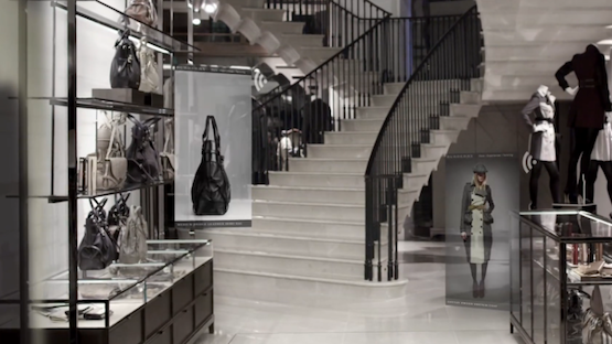 burberry ouverture de sa nouvelle boutique interactive londres firstluxe. Black Bedroom Furniture Sets. Home Design Ideas
