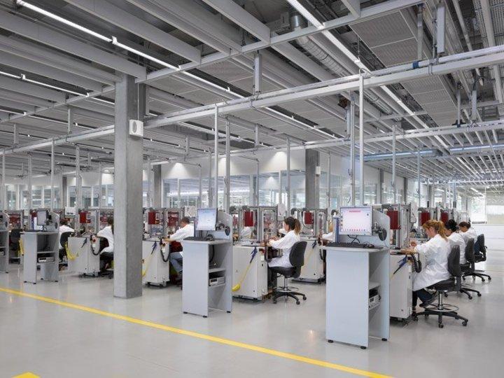 Rolex Bienne ateliers