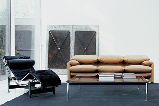 karl lagerfeld collabore avec une marque de mobilier firstluxe. Black Bedroom Furniture Sets. Home Design Ideas