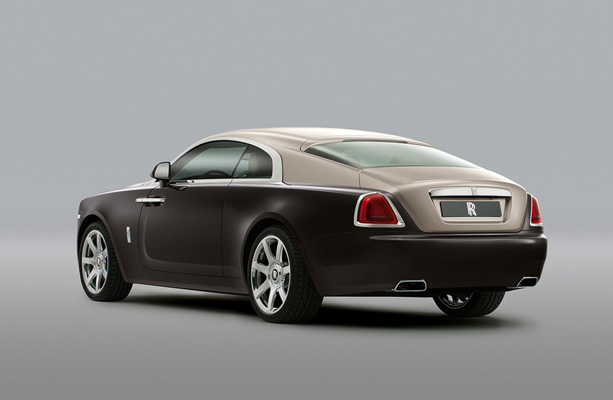 un esprit sportif souffle sur la rolls royce wraith firstluxe. Black Bedroom Furniture Sets. Home Design Ideas