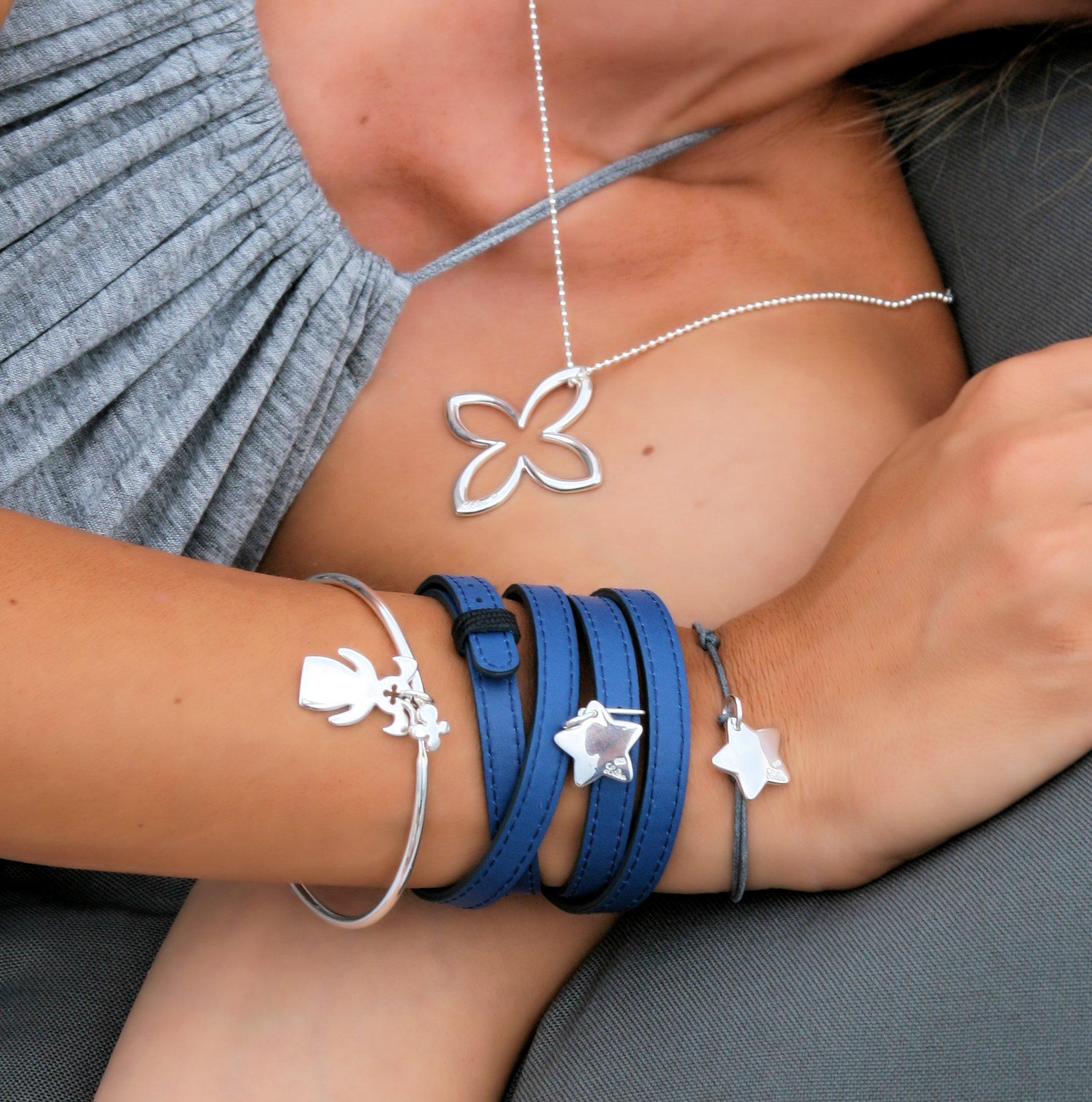 LIilou bracelet 4 tours cuir bleu reversible noir etoile argent 60 euros bracelet cordon gris pendentif etoile argent