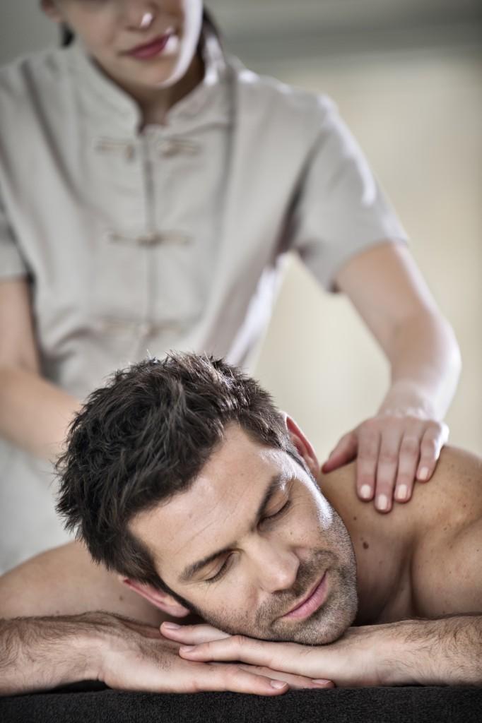 Miramar soins massage homme © miramar crouesty