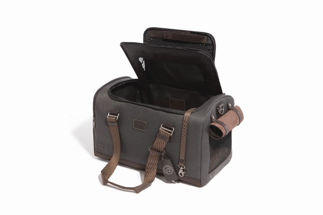 Tumi_Cloud 7_Dog Carrier_Anthracite
