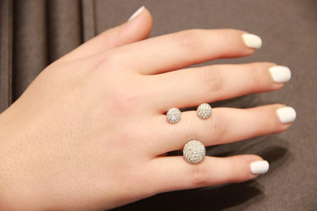 trilogie pavée de diamants, 5950 euros