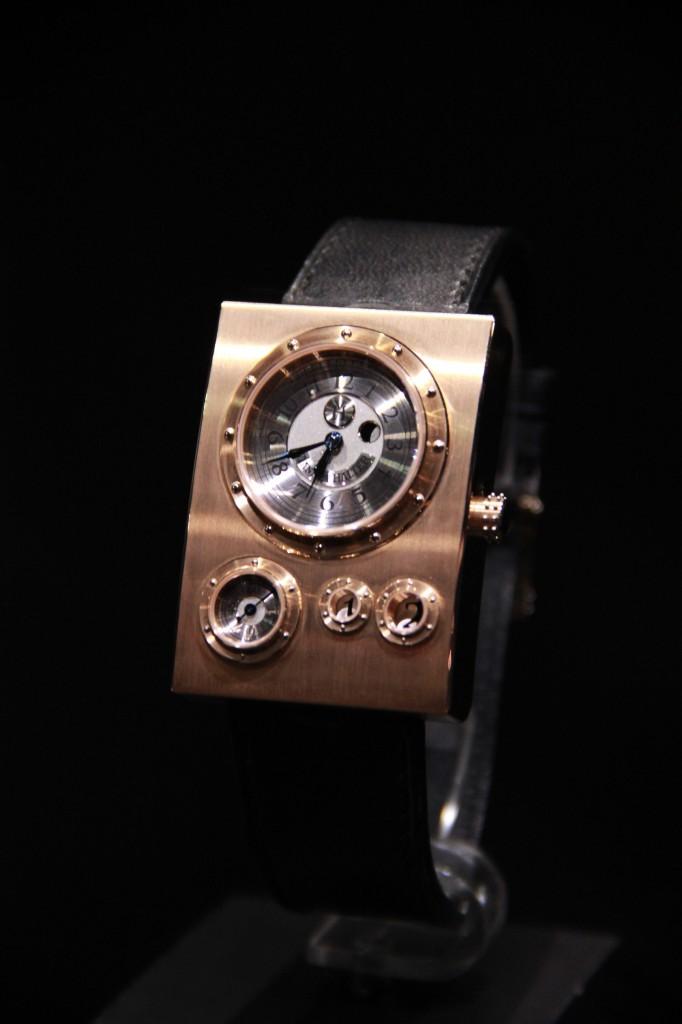 Montre Trio, Lingot d'or dans lequel a été inséré le mécanisme, 130 000 euros