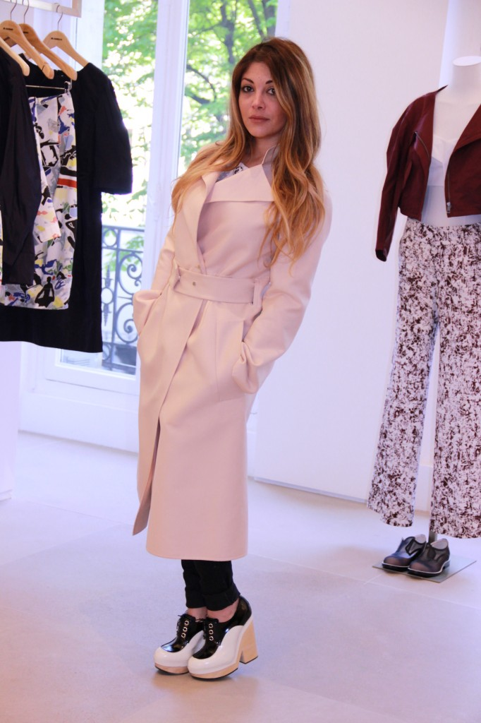 manteau défilé 2570 euros