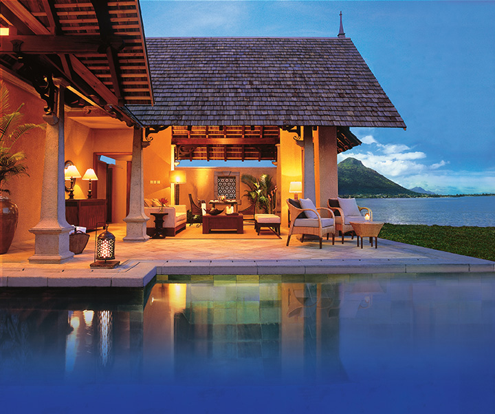 Beachfront Luxury Suite Villa