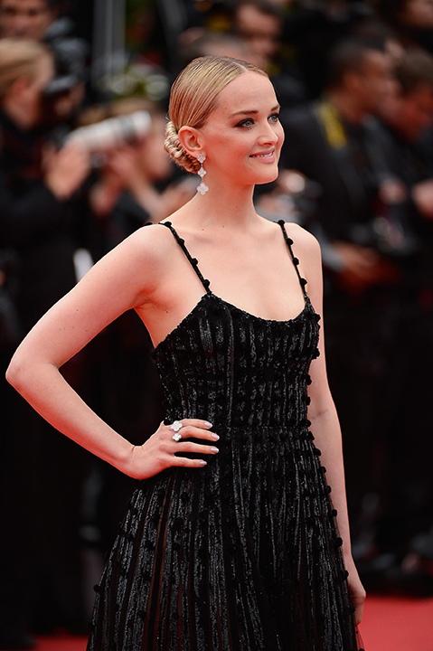 Jess Weixler - Van Cleef & Arpels - Photo by Ian Gavan Getty Images