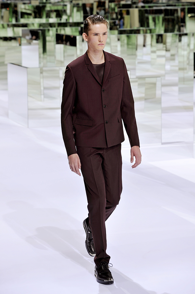 LOOK 1 SS14 Dior Homme by Patrice Stable