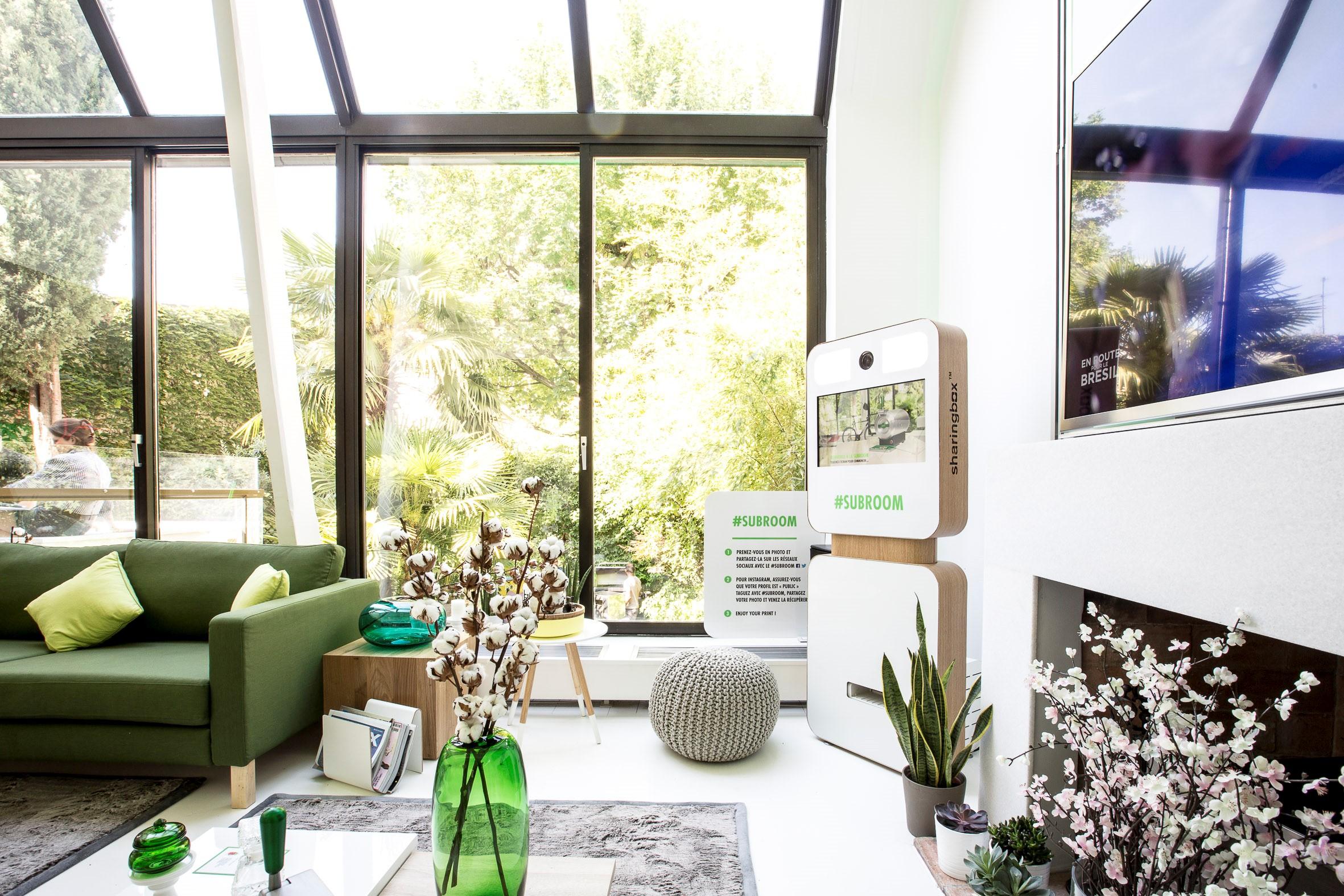 the subroom vous offre une session priv e pour organiser une soir e coupe du monde entre amis. Black Bedroom Furniture Sets. Home Design Ideas