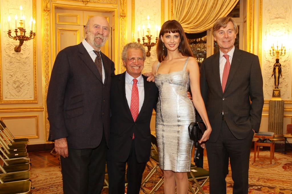 Jean Pierre Marielle, Laurent Dassault, Frédérique Bel, et l'Ambassadeur de Belgique
