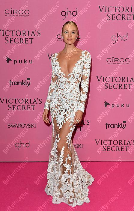 2014 Victoria's Secret Fashion Show - Pink Carpet