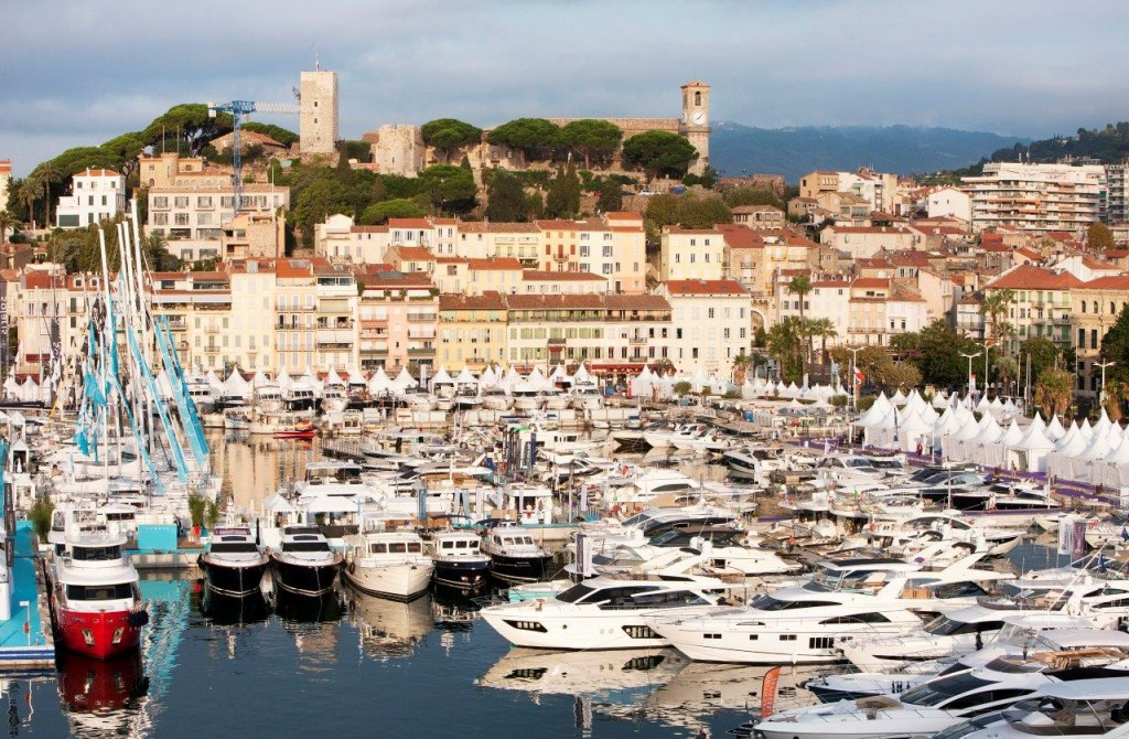 124I4597Yachting-Festival-Cannes