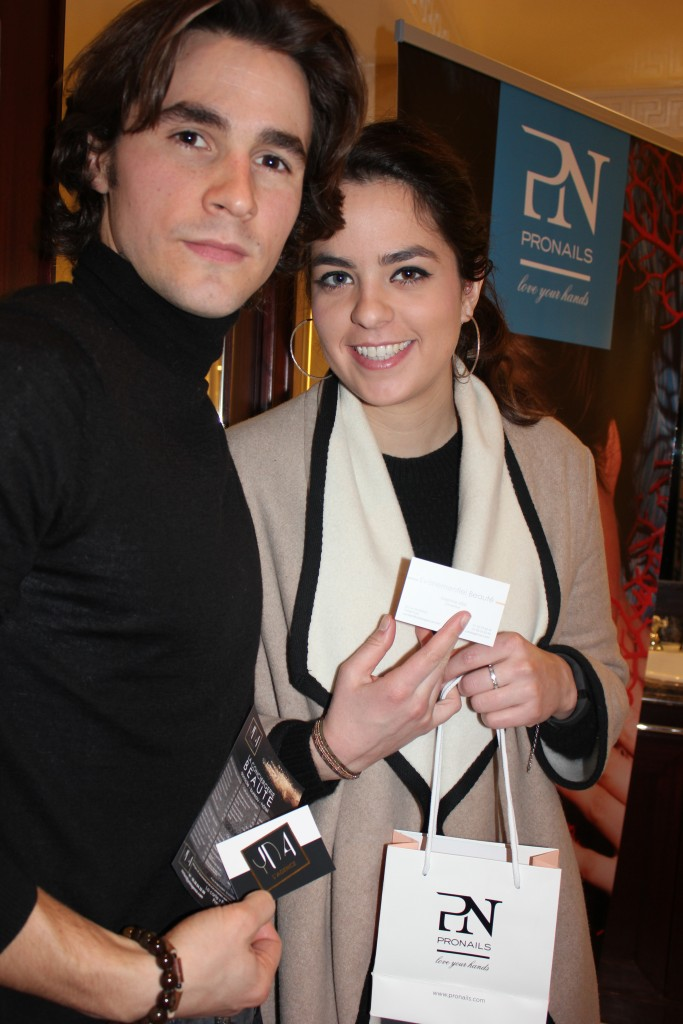 """Anouchka Delon et Julien Dereims, à l'affiche de """"Libres sont les papillons"""" au Théâtre Rive Gauche"""