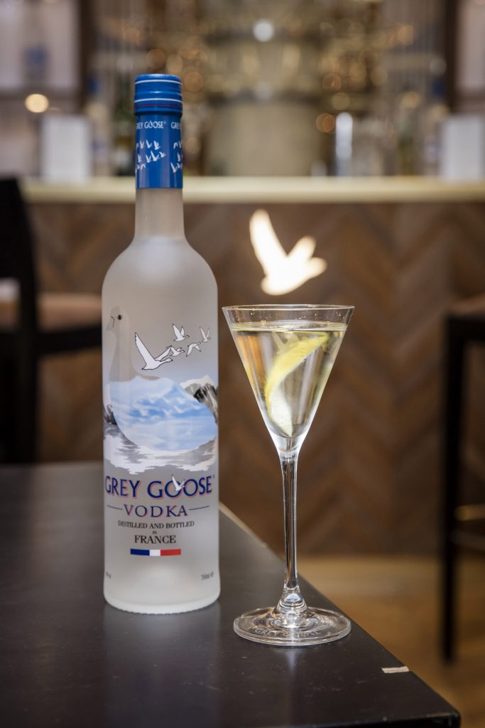 244-greygoose-lemarchebleu