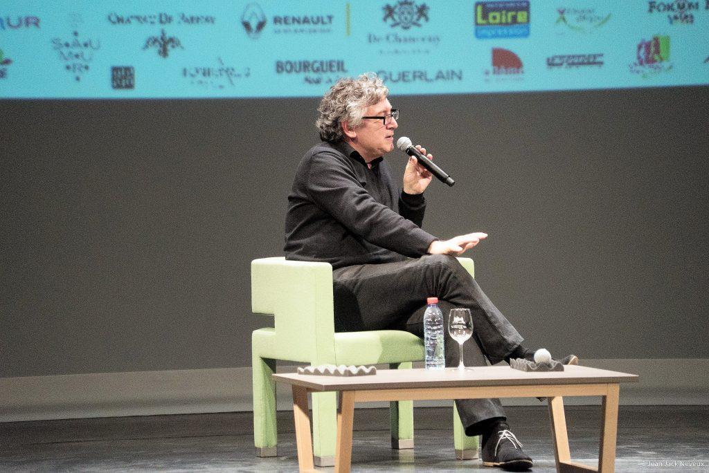 """Café Littéraire  """" de la philosophie à l'art contemporain"""" avec Michel Onfray"""