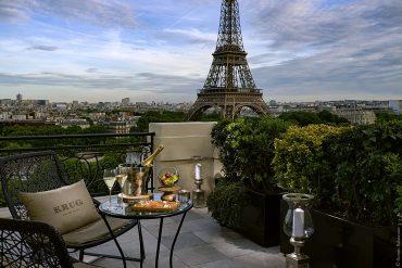 le-bar-a-ciel-ouvert-by-krug-au-shangri-la-hotel-paris__webromeo-balancourt