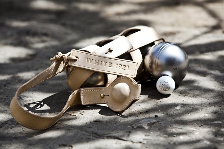 White 1921 - Boules de petanque set