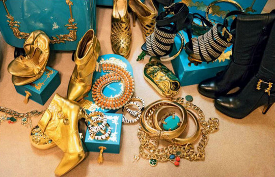 Collection bling-bling d'Anna Dello Russo