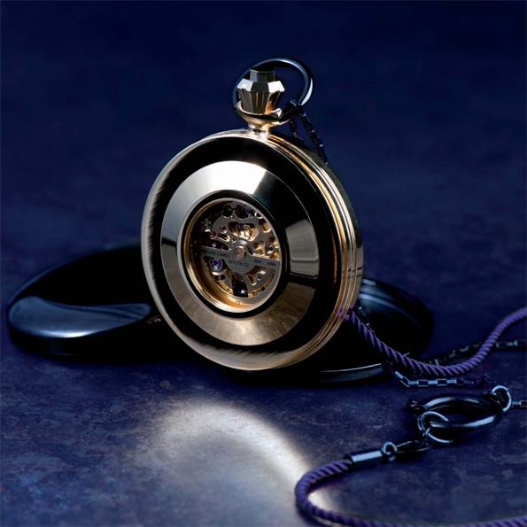 Les montres sont conçues à travers le choix d'un mask, verso interchangeable