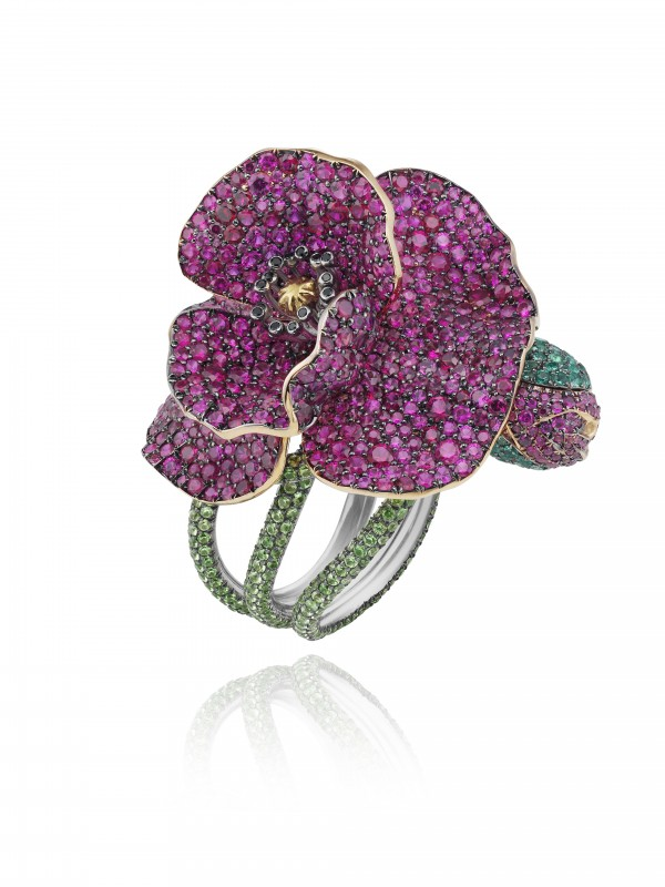 Flower Ring from the Red Carpet Collection 2013