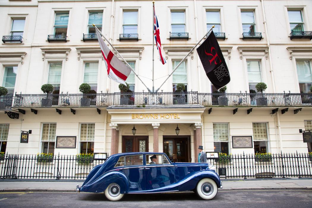 Brown's-Hotel-London-–-Vintage-Car-Transfer-Blue-Baron