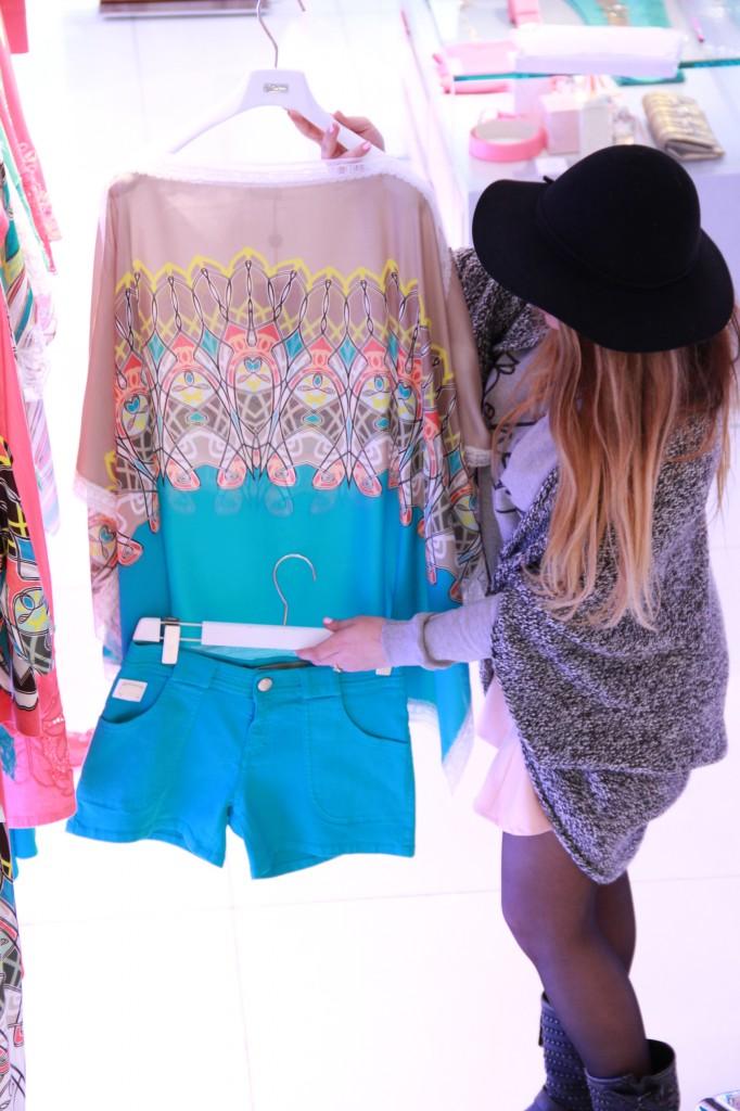 short et tunique, pour une parfaite tenue d'été : 1000 euros l'ensemble
