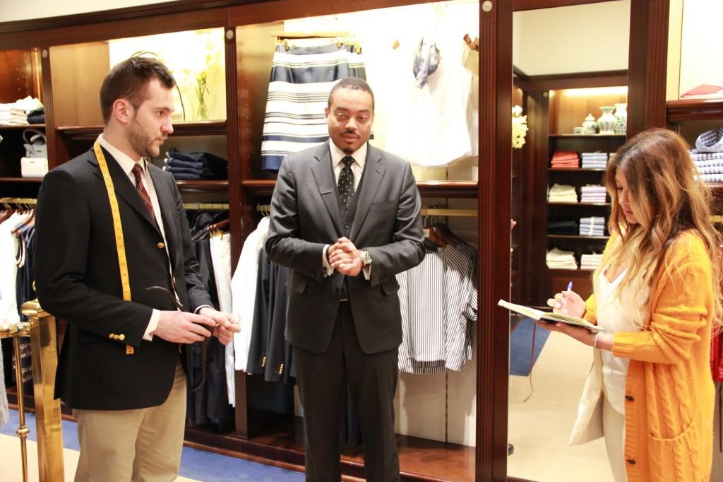 Matthieu, spécialiste du Demi-mesure et Alexander John Taylor, store manager