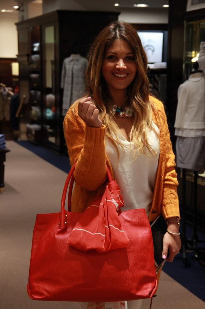 sac pour femme en cuir rouge, idéal pour l'été, 450 euros