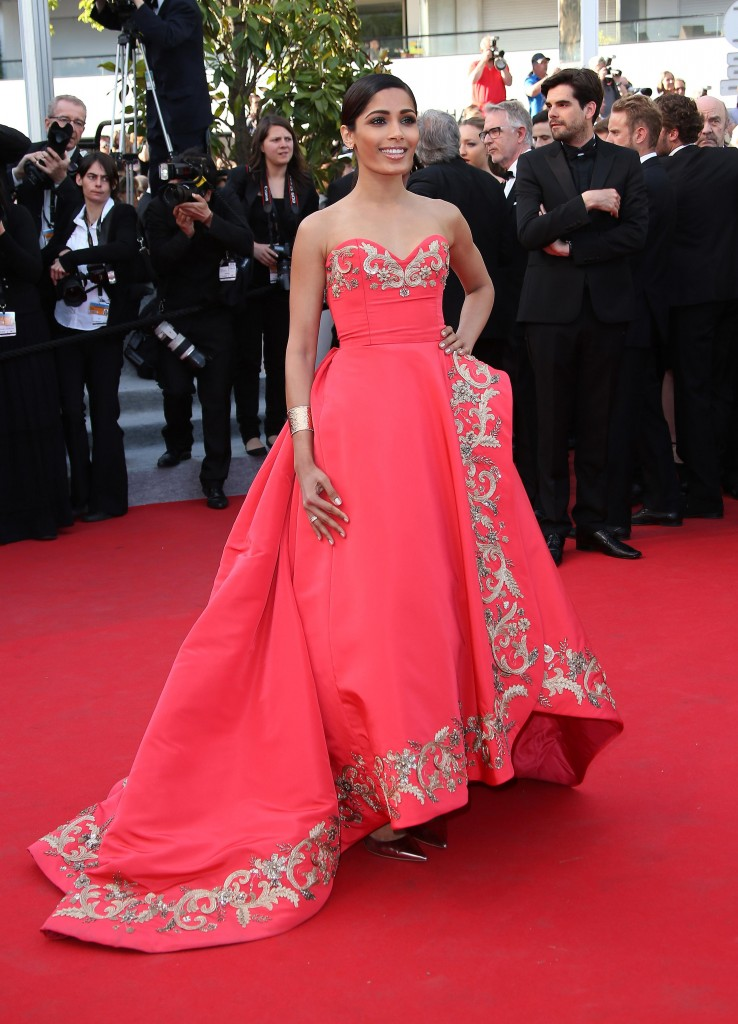 Freida Pinto - Van Cleef & Arpels - Photo by Jean Catuffe FilmMagic / Getty Images