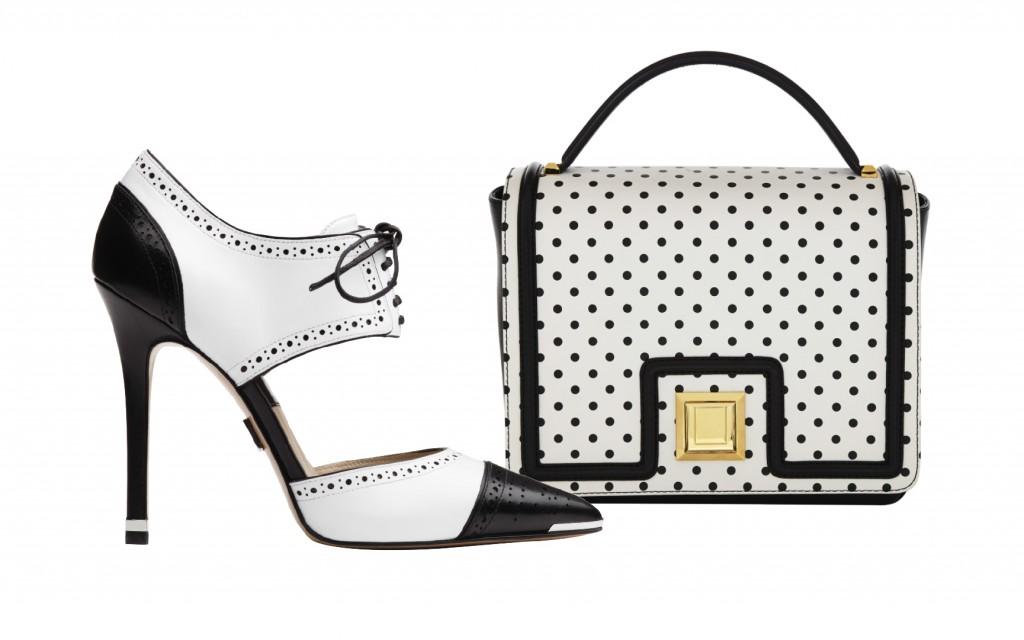 Souliers : Michael Kors Chaussure Arleigh  en cuir noir et blanc Sac : Ungaro Sac en cuir blanc  à pois noir porté mains