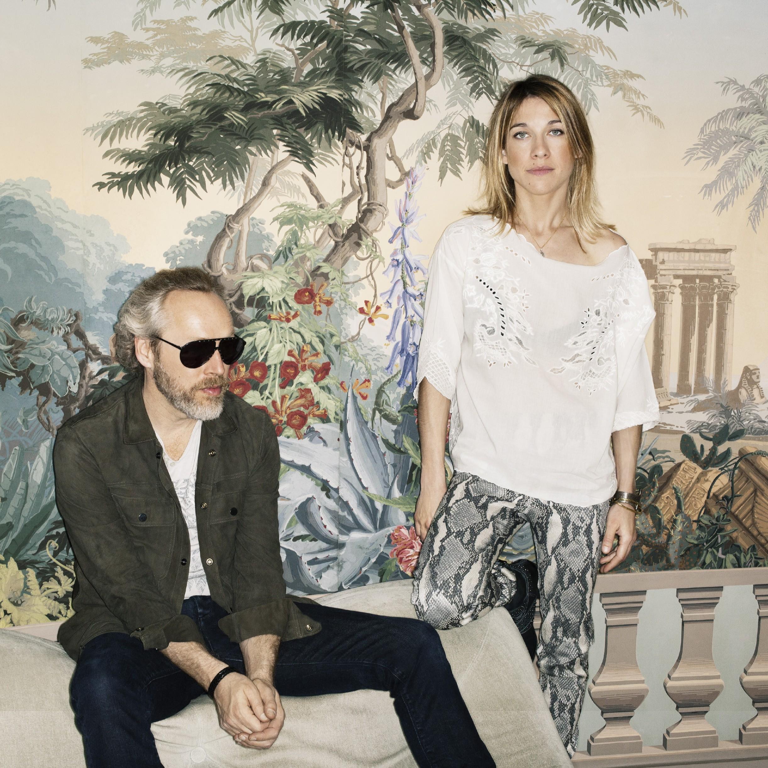 Le duo signé sur le label de musique de Zadig et Voltaire