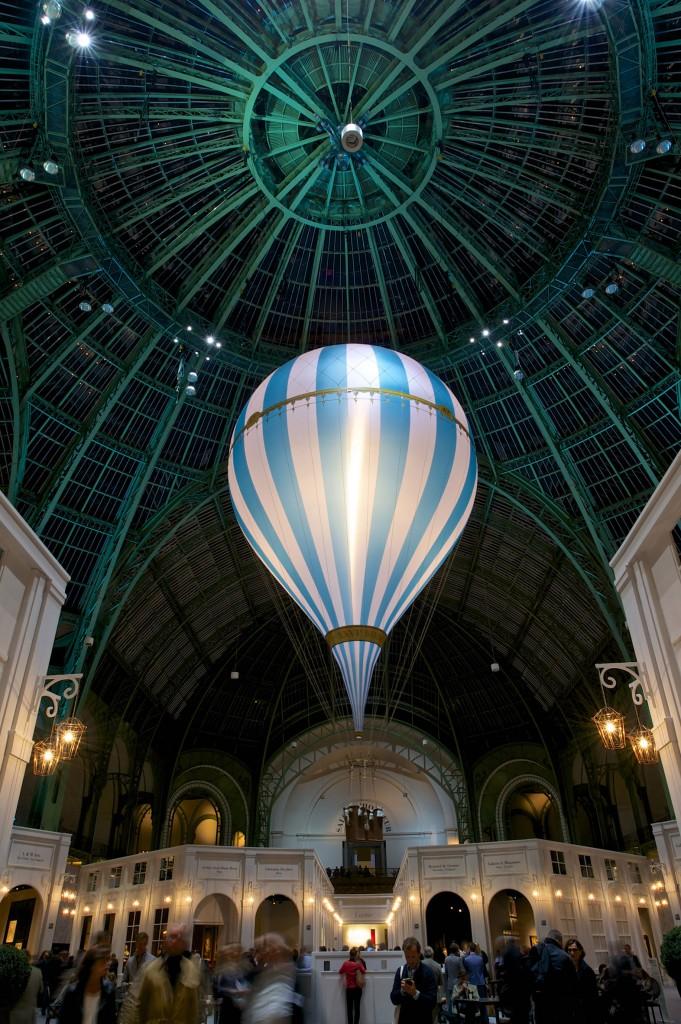 BIENNALE PARIS 2012. Grand Palais.  Septembre 201 © Julio Piatti