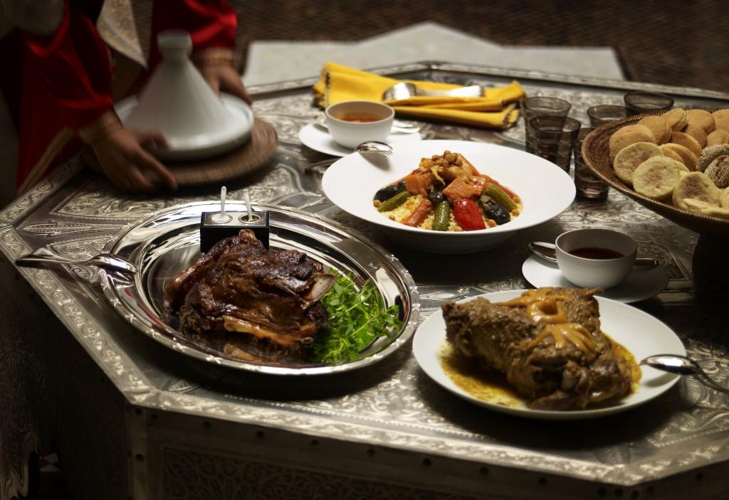 Couscous aux sept l+®gumes + Tangia d'agneau au citron confit