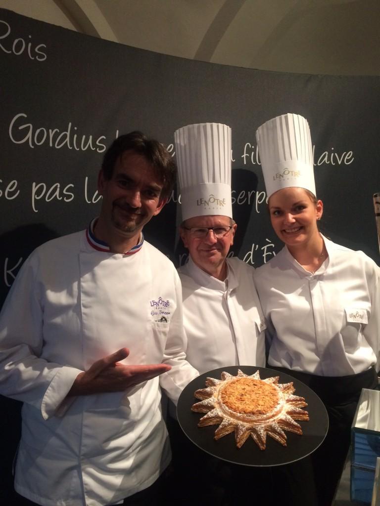 Guy Krenzer, Meilleur Ouvrier de France, présentant la galette