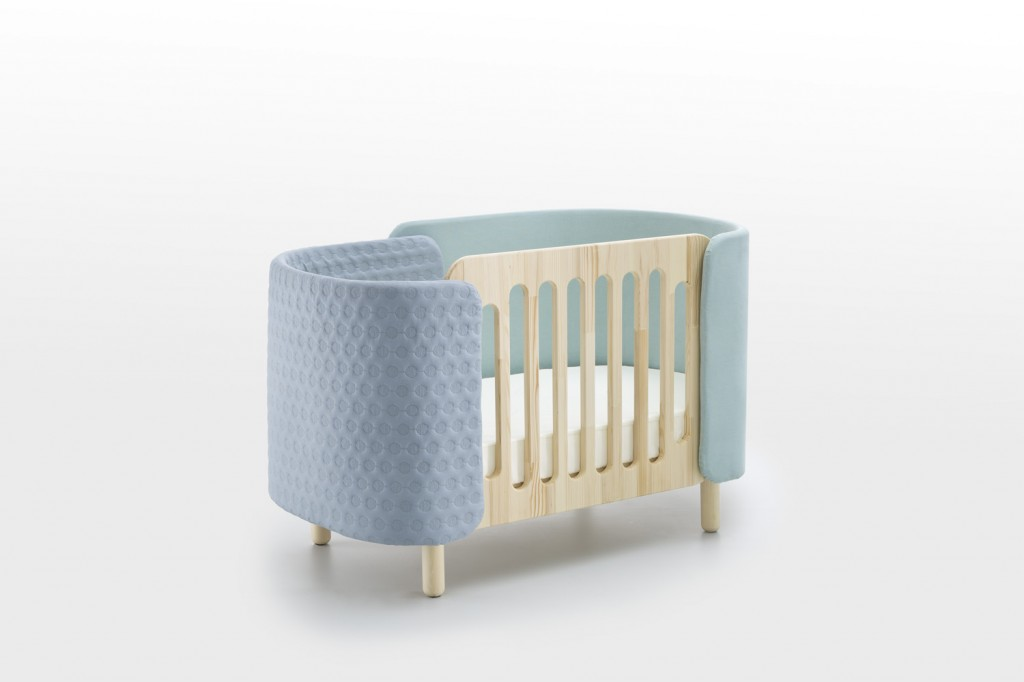 Softly Convertible bed - Dot & Cross - 1299€