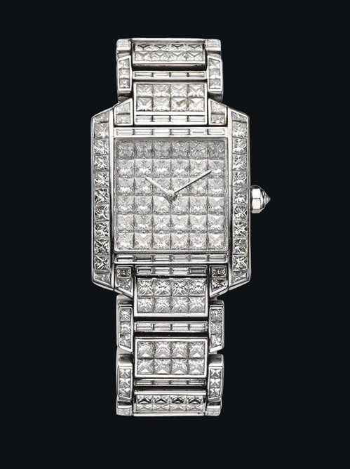 Montre Tank Française de Cartier, mouvement quartz, pavage diamants carrés. Estimation: 46 000 - 55 000 euros.