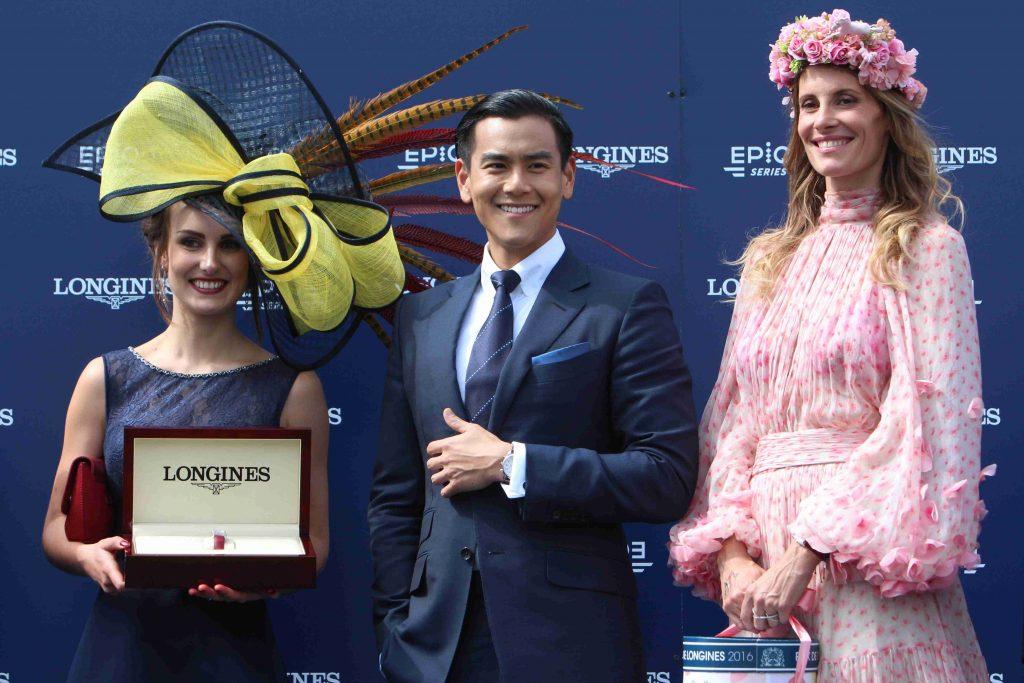 Sophie Thalmann, présidente du jury du Concours Miss Diane Eddie Peng, ambassadeur Longines et acteur et la gagnante du concours d'élégance. scoopdyga