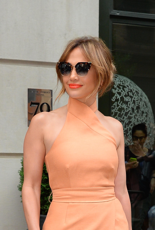 Nouvel Jennifer Lopez fan des lunettes Fendi   FIRSTLUXE QM-63
