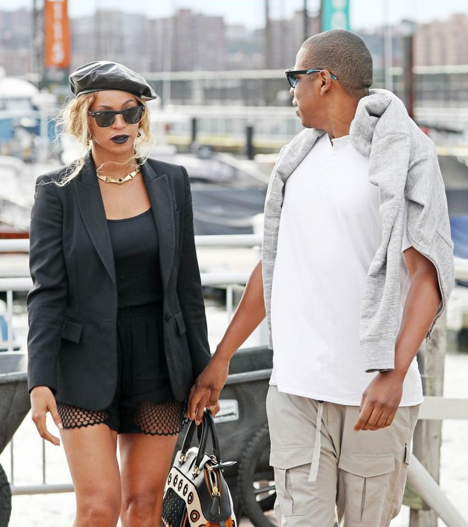 Jay-Z wearing Etnia Barcelona sunglasses (2)
