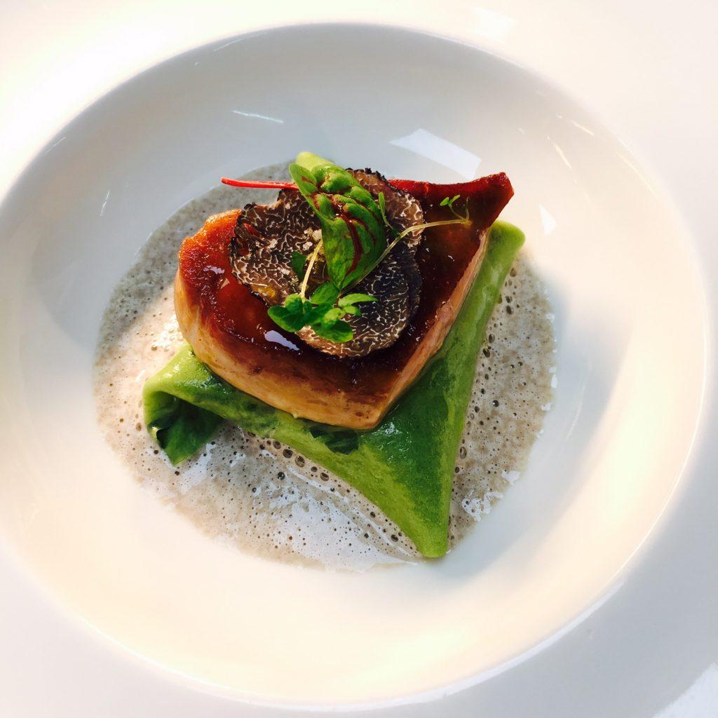 3-le-foie-gras-de-vendee-en-ravioli-ouvert-maison-blanche
