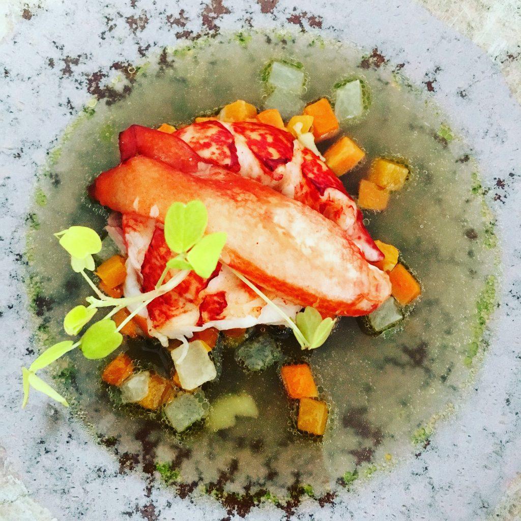 4-le-homard-parfume-aux-epices-maison-blanche