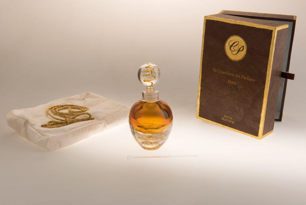 Coffret et flacon Aeria Prestige. La Cristallerie des Parfums.
