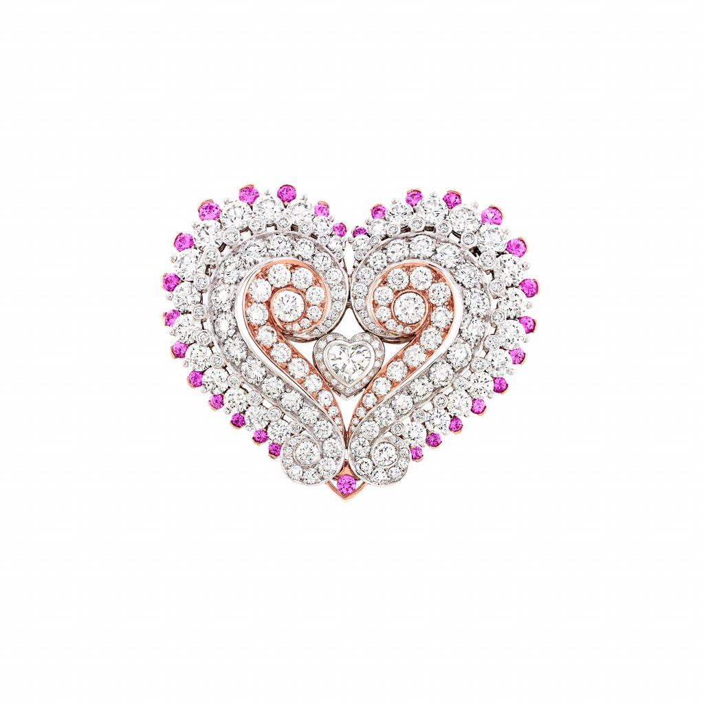 Amour retrouvé Or blanc, or rose, diamants, saphirs roses. Motifs d'oreilles transformables.